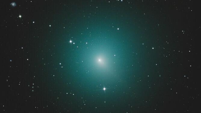 W niedzielę nieopodal Ziemi przeleci kometa. Zobaczymy ją gołym okiem